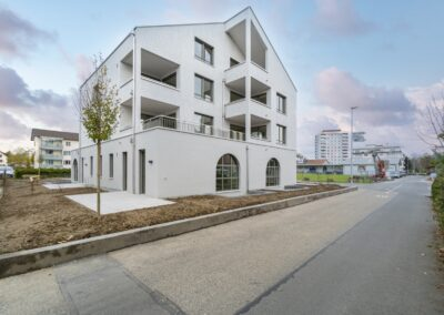 Erstvermietung Schachenstrasse 9, 6020 Emmenbrücke / Wohnen und Arbeiten an der Reuss